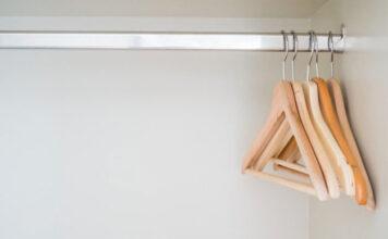 Wieszaki na ubrania czy szafa